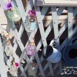 ガラスの小瓶をリメイク!花を入れて飾れるガーデン雑貨へ