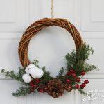 自然素材を使って作る、簡単でシンプルなクリスマスリース