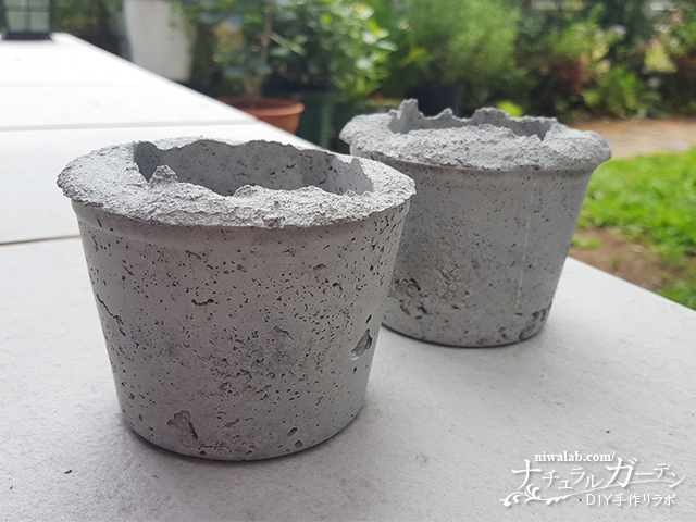 固まったセメント鉢
