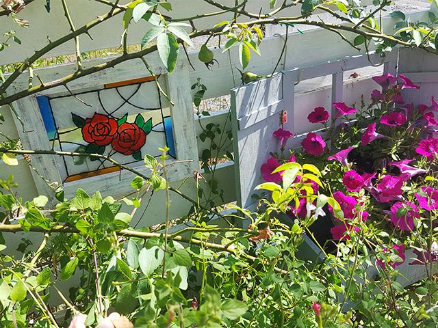 庭に飾る雑貨
