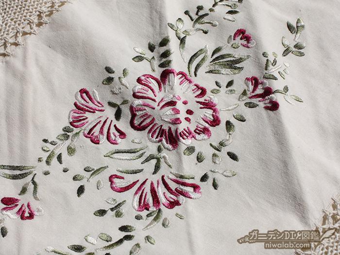 クッションカバー刺繍